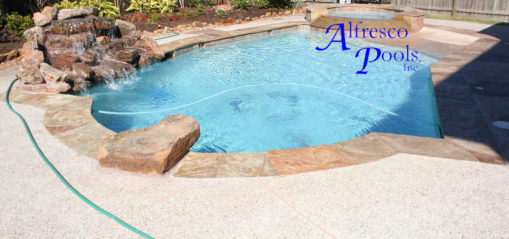 Pool With Signature Spa 6 Step Cascaded Spillover